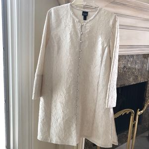 Very light elegant Manto by Eileen Fisher